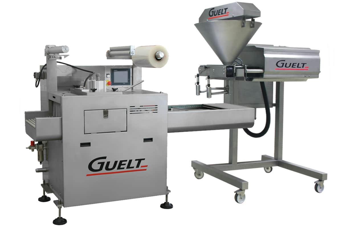 Operculeuse automatique OPA2000 associée à une doseuse - Guelt