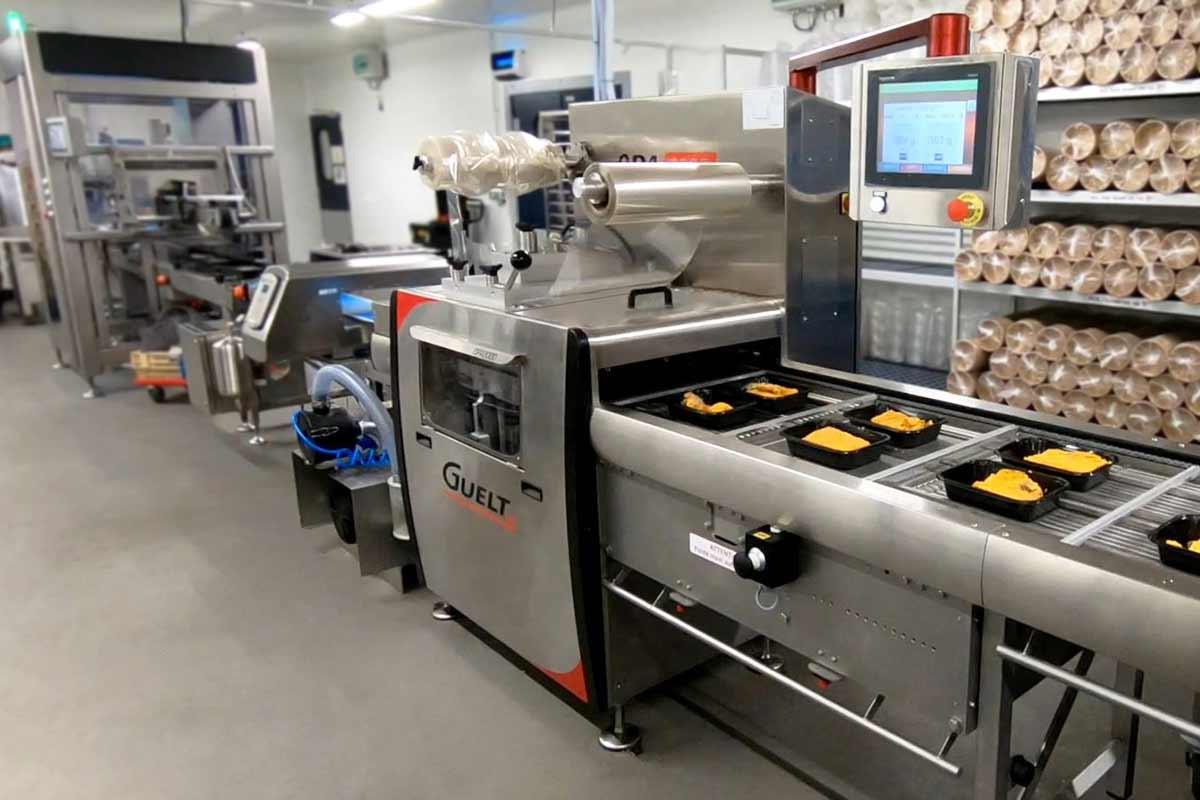 OPA2000 nouvelle génération de Guelt - Exemple d'intégration en ligne dans un atelier de plats cuisinés